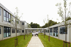 28  Portakabin Highgate School 6982-043